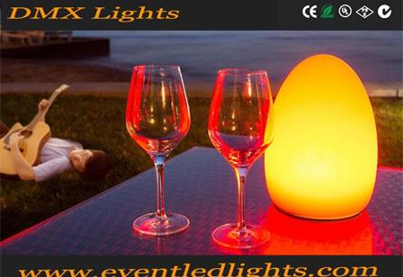 Creative decorative cordless rechargeable colorful LED table lamps for restaurant hotel and bar
